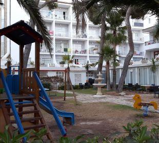 Spielplatz JS Hotel Yate