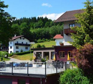 Blick auf die Terrasse Berggasthof Hotel Fritz