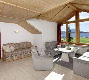 Panoramablick Wohnzimmer Ferienwohnungen Berghof Kinker