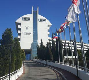 Hotelzufahrt Hotel Concorde De Luxe Resort