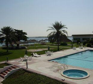 Pool und Garten Hotel Flamingo Beach Resort