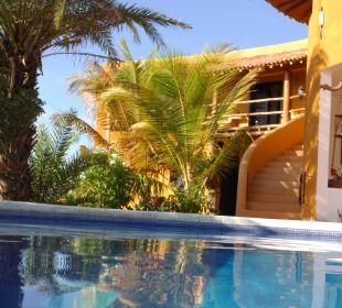 Poolanlage und Chill-Out-Bereich  Guesthouse StevieWonderLand