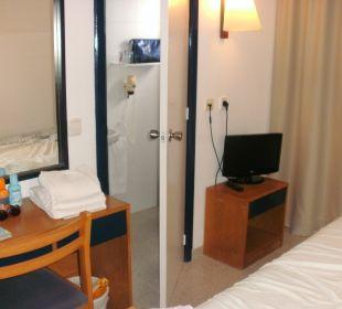 Blick ins Bad/ WC  JS Hotel Horitzó