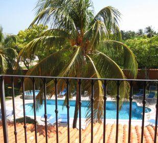 Blick auf den Hotelpool Hotel Costa Linda