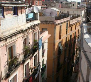 Blick von der Dachterrasse des Ciutat de Barcelona Hotel Ciutat de Barcelona