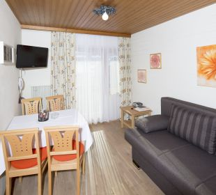 Appartement Juwel (27 m2) Wohn-Esszimmer Angerer Familienappartements Tirol