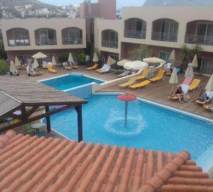 Eines der Pools Eurohotel Katrin Hotel & Bungalows