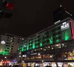 Schön beleuchtet Hotel Palace Berlin