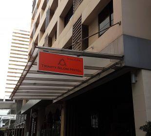Hoteleingang Hotel Glow Trinity Silom