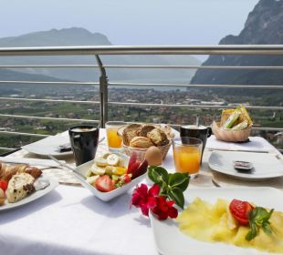 Panoramic breakfast Hotel Agritur Acetaia Gourmet & Relax