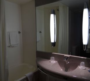 Bathroom Hotel Mercure München Neuperlach Süd
