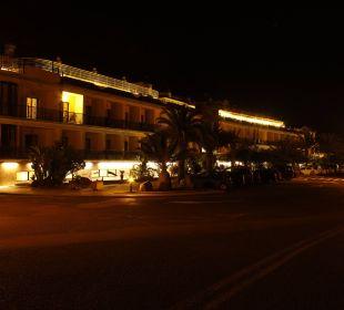 Hotelansicht bei Nacht Hotel Gran Rey