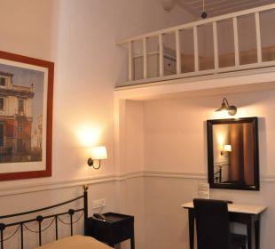 "Familiensuite ""Athina"" 2 verbundene Zimmer bis 5 P Hotel Omorfi Poli"