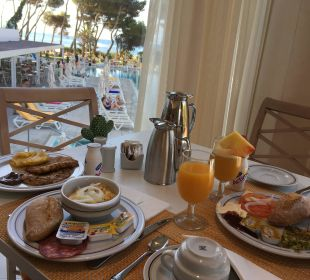 Frühstücksbüffet mit traumhaften Ausblick IBEROSTAR Santa Eulalia (Im Umbau/Renovierung)