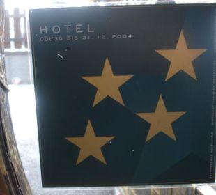 Preise wie im 4 Sterne Hotel, aber ... Hotel Bellevue & Austria