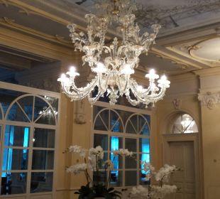 Kronleuchter Hotel Reine Victoria by Laudinella