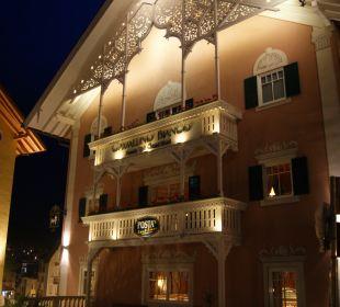 Cavallino Bianco bei Nacht! Cavallino Bianco Family Spa Grand Hotel