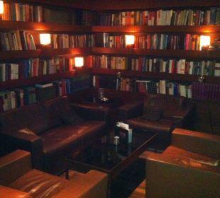 Bibliothek in der Bar Der Öschberghof