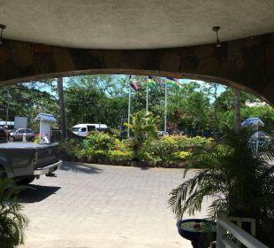 Blick aus der Lobby Coral Azur Beach Resort