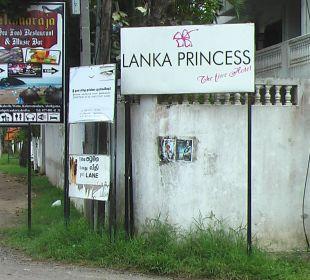 Hotelschild - Hauptstrasse Hotel Lanka Princess