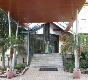Eingang Kinderhotel SEMI