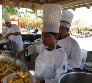 Großes Paellaessen IBEROSTAR Hotel Punta Cana