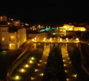 Ausblick von der Lobby bei Nacht Hotel Continental Plaza Beach