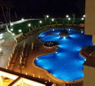 Pool bei Nacht Olimarotel Gran Camp de Mar