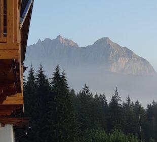 Blick aus unserm Zimmer zum Wilden Kaiser Gartenhotel Rosenhof