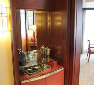Minibar und Kaffee-Ecke Hotel Grand Hyatt Shanghai