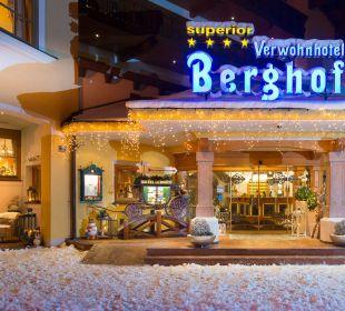 Hoteleingang Verwöhnhotel Berghof