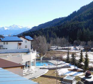Blick Belkon 2.Etage Alphotel Tyrol