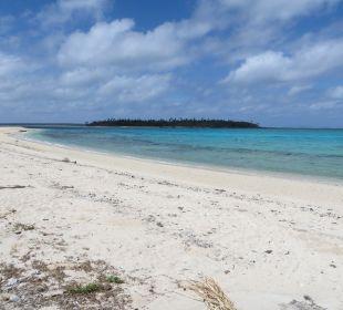 Weißer, feiner Sandstrand Sandy Beach Resort Tonga