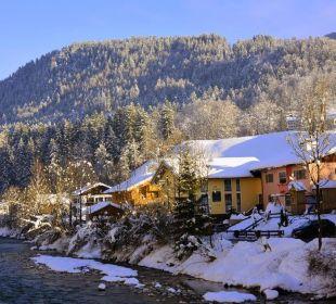 Alpenglühn mit Ache Winter Apartments Ferienparadies Alpenglühn