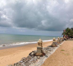 Strand rechts Hotel Mukdara Beach Villa & Spa Resort