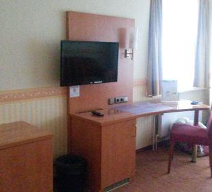 Schreibtisch / Fernseher Carat Golf & Sporthotel Residenz