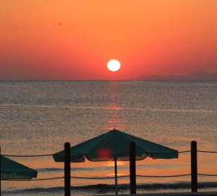 Sonnenaufgang am Hotel Hotel Corissia Beach
