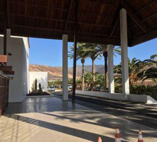 Vor dem Hotel Fuerteventura Princess
