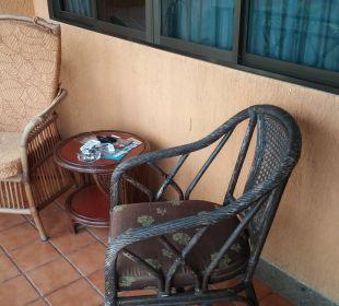 Der Balkon. Hotel Coral Cove Chalet