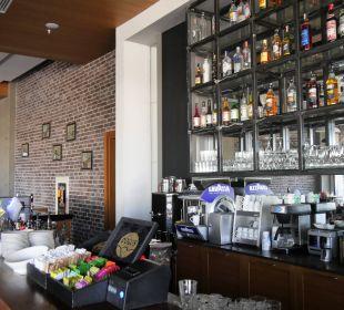 """Ausschnitt der """"Brasserie"""" im Hotel Aska Lara Aska Lara Resort & Spa"""