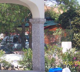 Garten mit Einfahrt Sardafit Ferienhaus Budoni