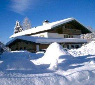 Außenansicht Winter Gästehaus Willfert
