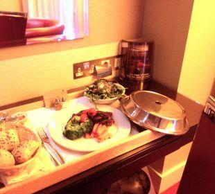 Room service Park Plaza Riverbank London