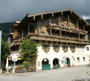Blick von der Strasse Landhotel Kaserer