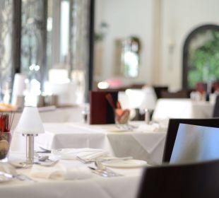 Restaurant / Wintergarten  Sunstar Boutique Hotel Villa Caesar
