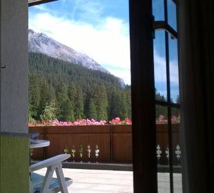 Ausblick vom Bett Hotel Waldhaus am See