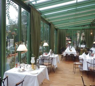 Olivengarten-Teil d.Restaurants/Frühstücksbereich Hotel Colosseo Europa-Park