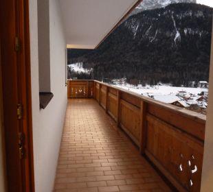 Toller, großer Balkon an der Ferienwohnung Biovita Hotel Alpi