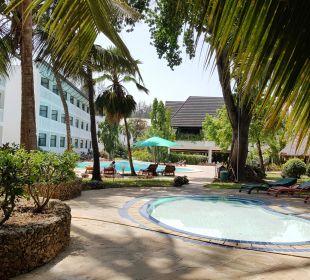 Kinderpool Hotel Traveller's Club