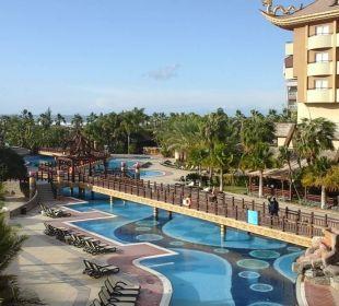 Pool Hotel Royal Dragon